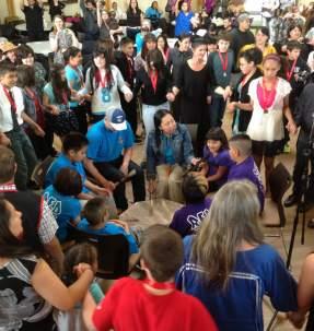 drum-pow-wow-group-community-performance